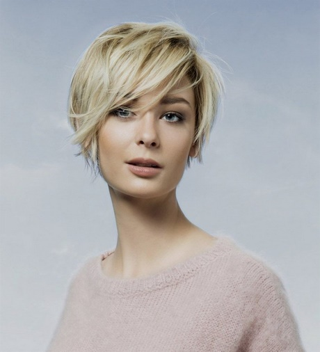 Tendance coupe cheveux court 2018 for Coupe cheveux tendance 2018