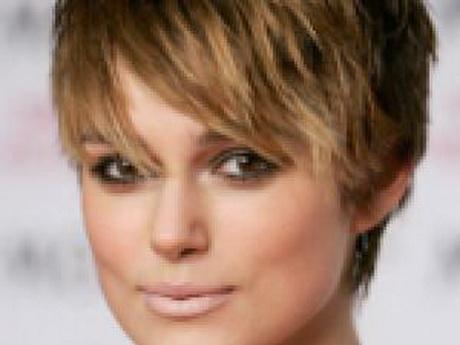 Coiffure coupe courte femme visage rond