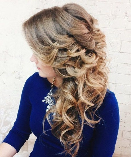coiffure mariage 2018 cheveux longs. Black Bedroom Furniture Sets. Home Design Ideas