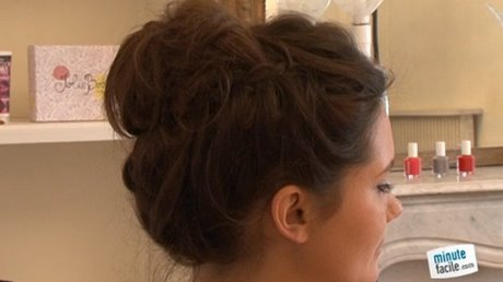chignon-haut-simple-40_11 Chignon haut simple