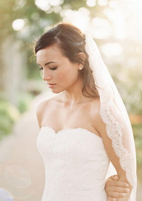Coiffure mariage chignon lache