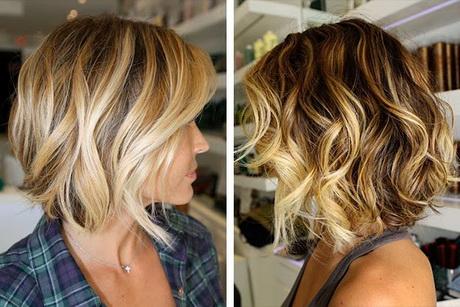 Coupe carre degrade cheveux frises