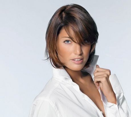 coiffure femme carre cheveux fins coiffures populaires. Black Bedroom Furniture Sets. Home Design Ideas