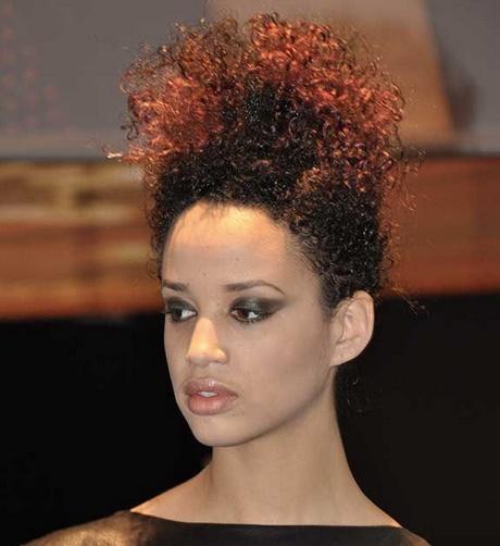 Coupe de cheveux femme afro antillaise - Coupe courte afro americaine ...