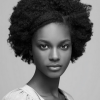 Cheveux afro court