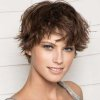 Cheveux courts fille