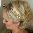 Cheveux courts mariage