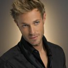 Coiffure blond homme