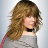 Coiffure coupe mi long