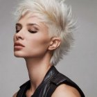 Coupe courte blond