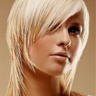 Coupe de cheveux blond