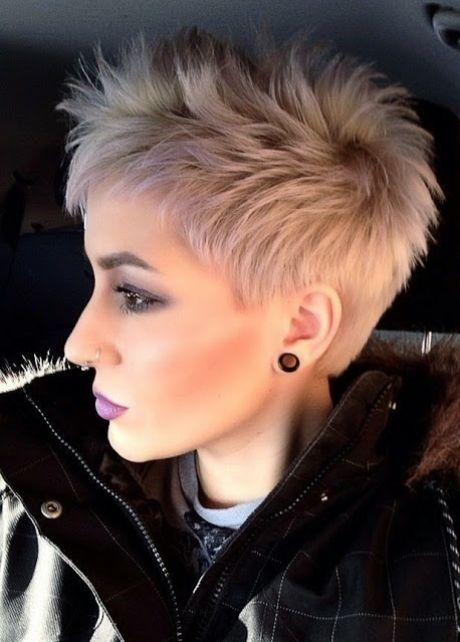 Coupe courte blonde 2019