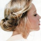 Coiffure attachée mariage