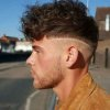 Coupe homme cheveux court 2021