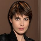 Coupe cheveux courts meches femme