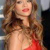 Coiffure glamour cheveux long