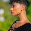 Coupe cheveux court afro femme