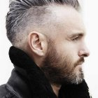 Coupe iroquoise homme courte