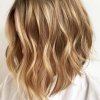 Balayage blond cheveux mi long