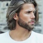 Coupe homme semi long